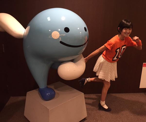千夜一夜:モーニング娘。高知公演での川村文乃さん